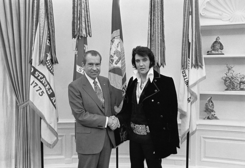 President Nixon_Elvis - Oral Office