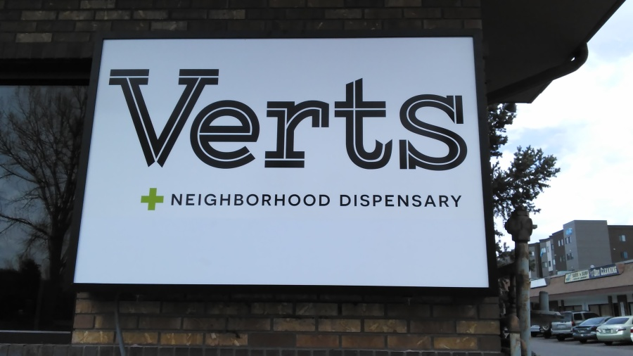 Verts - New Sign (front) (2017 03 23)