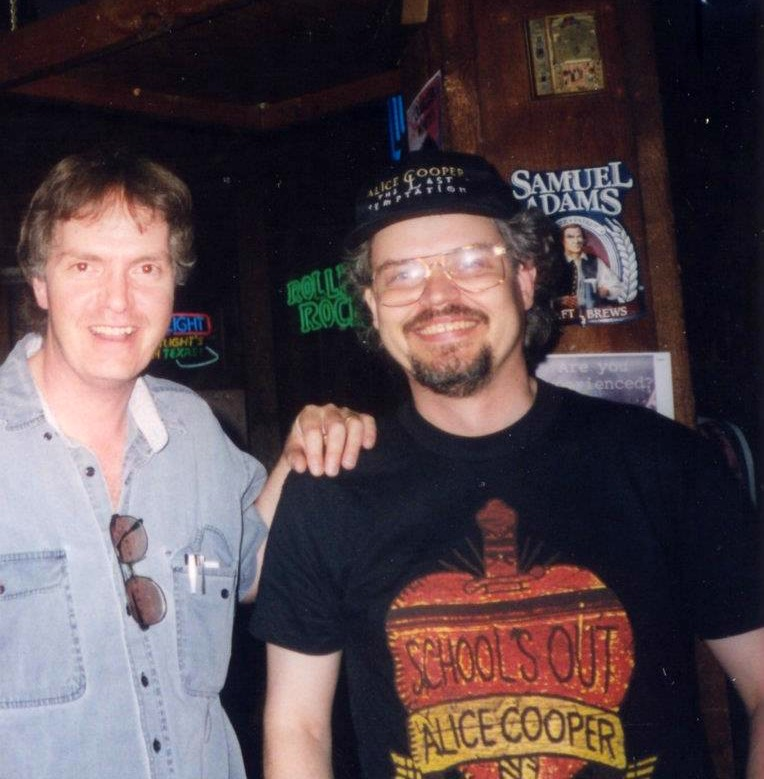 GB - with Bryan Erickson at Outback Pub (09 May 1998)