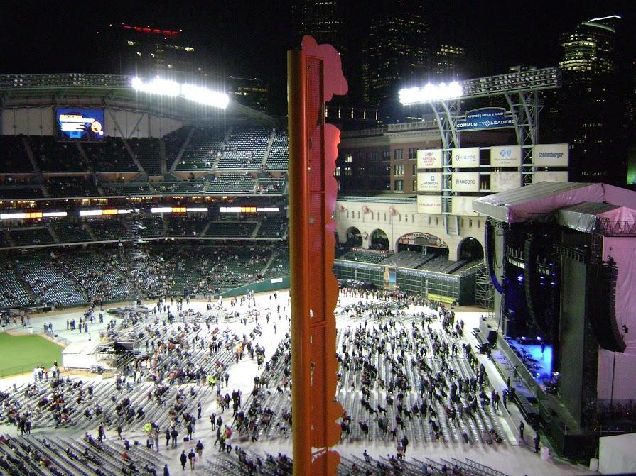 Paul McCartney - (14 Nov 2012) - Before Concert Inside Minute Maid Park